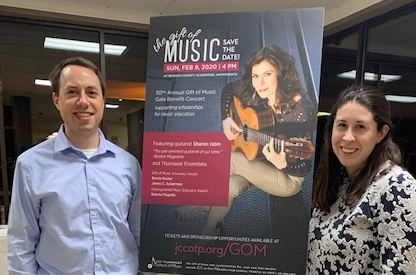 Kenning Henning, Principal a& Wealth Manager of Modera with her Husband Kyle at the JCC Thrnauer School Gift of Music Gala Benefit Concert